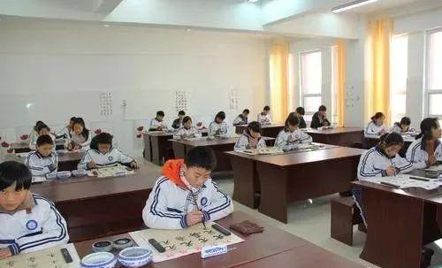 重磅消息:2022年全面实行书法等美育中考